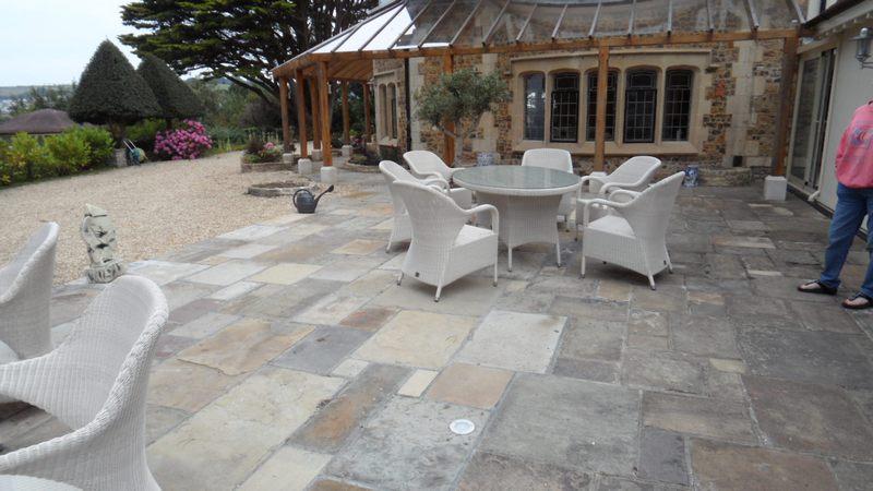 Garden Patio Stone Paving Slabs