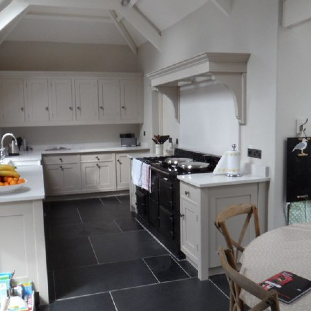Traditional Fitted Country Kitchen Devon